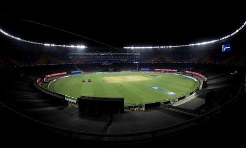 آئی پی ایل: 2 کھلاڑیوں کا کورونا ٹیسٹ مثبت آنے کے بعد میچ ملتوی