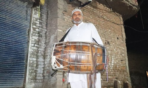 Technology and lifestyle changes pose challenges to the dholwallahs waking up people for sehri