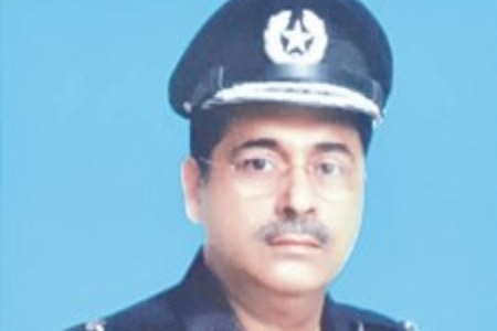 New Karachi police chief vows to focus on controlling street crime