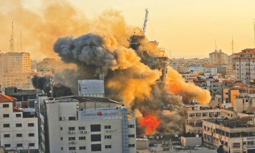 Israeli attacks on Gaza, militant rocket fire fuel fears of full-scale war