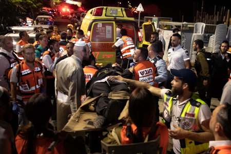 Two killed, 150 hurt as synagogue stands collapse in West Bank
