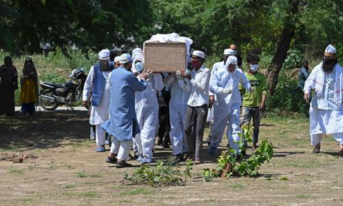 India battles fatal fungal threat as virus deaths near 300,000