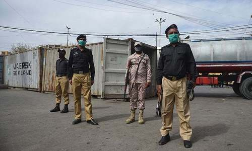 Sindh imposes additional Covid-19 restrictions, including ban on gatherings of over 10 people