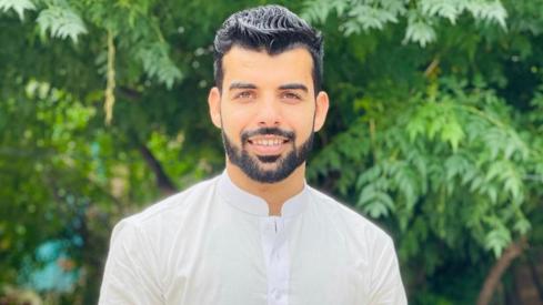Shadab Khan gives us a crash course on his life via Twitter