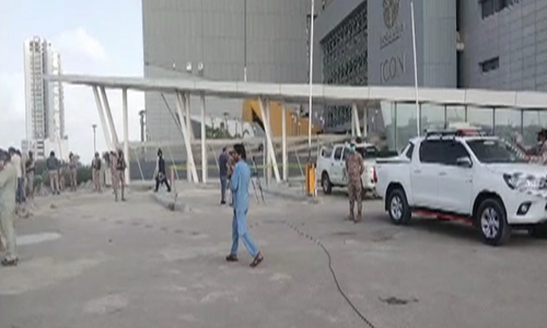 Security guard injured in grenade attack on Bahria Icon Tower in Karachi