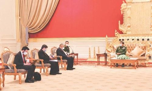 Asean envoys meet leader of Myanmar junta