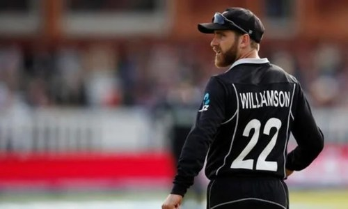 Williamson opts out of final England Test with elbow injury