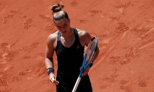 Sakkari tops Swiatek to set up semi-final against Krejcikova