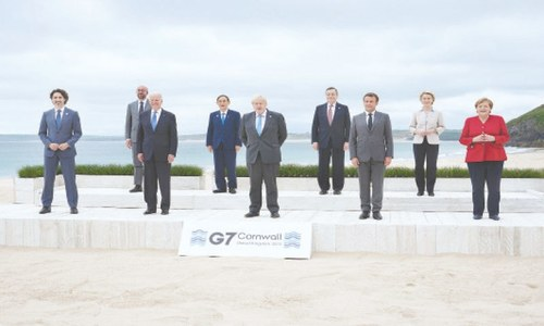 G7 leaders open summit with drive for one billion jabs