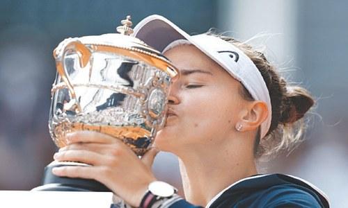 Krejcikova wins French Open title, dedicates triumph to Novotna