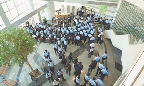 Police raid anti-Beijing newspaper in Hong Kong, arrest five