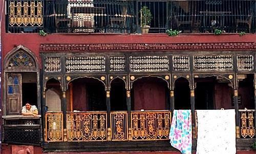 Marginalised souls in heart of old Lahore