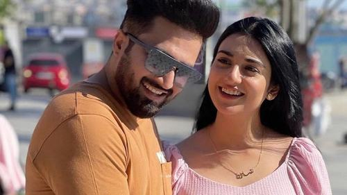 Falak Shabir and Sarah Khan are expecting their first child
