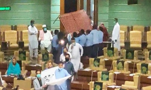 Ruckus in Sindh Assembly as PTI lawmakers bring charpoy to mark 'funeral of democracy'