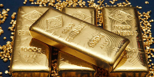 Gold shines amid rupee gain, drop in world price