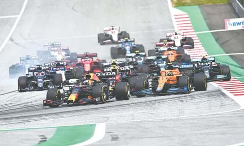 Dominant Verstappen wins Austrian GP to pull clear of Hamilton