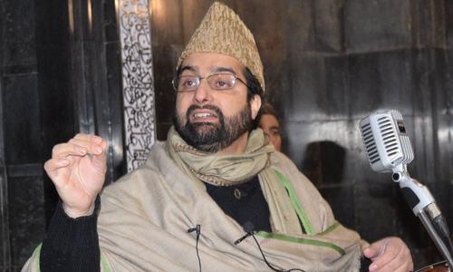 Mirwaiz urges Delhi to stop demographic change in occupied Kashmir
