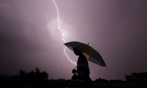 Lightning kills 76 in India, including selfie-takers near famous Amer Fort