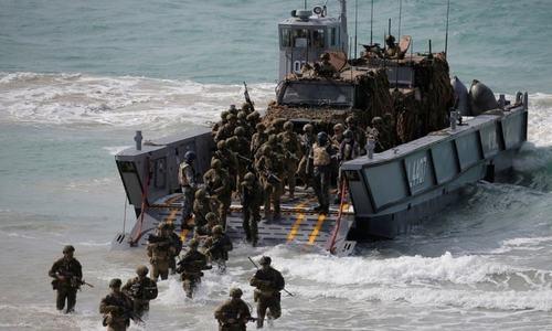 China watches as US, Australia begin war games