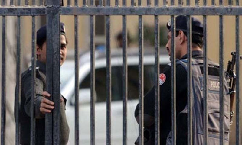 Six policemen arrested on charges of selling seized drugs in Karachi