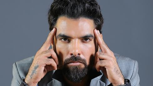 Yasir Hussain calls out the entertainment industry for failing Nayla Jaffri