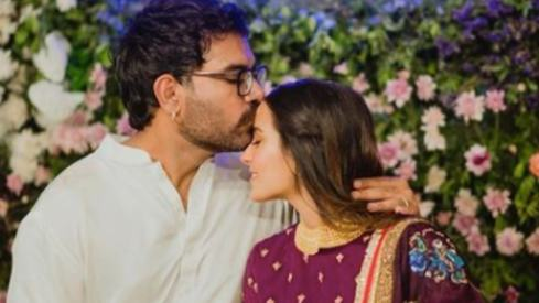 Iqra Aziz and Yasir Hussain have become parents