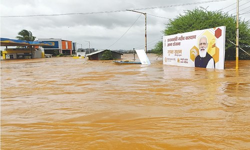 Heavy rain in India triggers floods, landslides; 125 killed