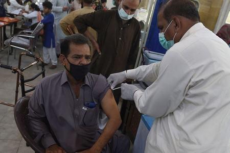 Door-to-door Covid vaccination drive to start in 4 KP districts