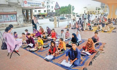 Karachi's street children back on roads due to lockdown of Footpath School