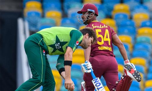 پہلا ٹی20: ویسٹ انڈیز کا پاکستان کو 9 اوورز میں 86رنز کا ہدف