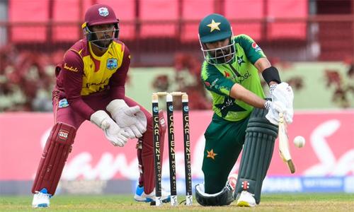 دوسرا ٹی20: پاکستان کا ویسٹ انڈیز کو فتح کیلئے 158رنز کا ہدف