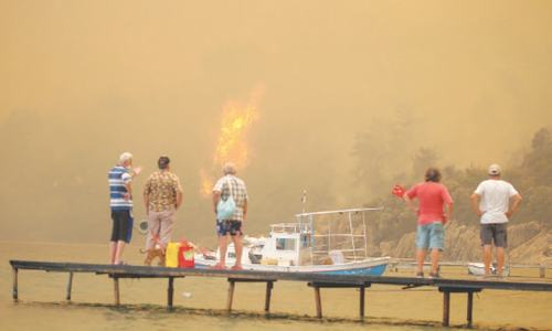 Fires force evacuations in Turkey, southern Europe