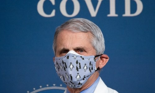 Fauci tries to calm nerves, rules out US lockdown