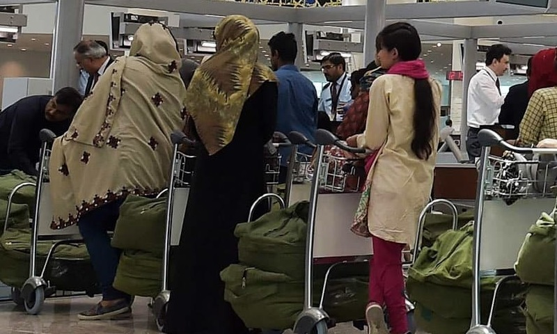 Airlines start checking vaccination certificates of passengers