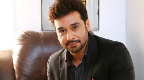 Faysal Quraishi contracts Covid-19, says he doesn't have any severe symptoms