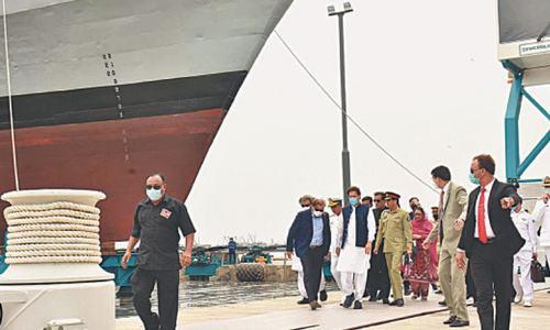PM wants Pakistan to become hub for Muslim tourists