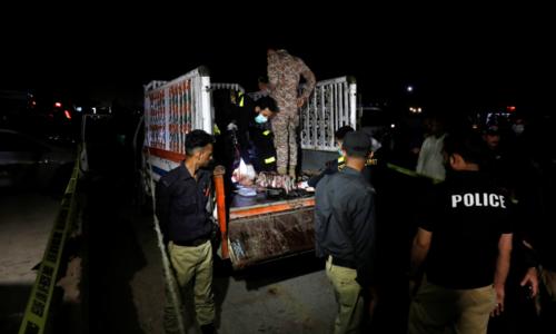 12 killed in grenade attack on mini-truck in Karachi