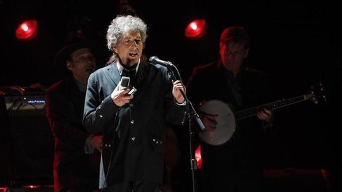 Bob Dylan sued for alleged sexual abuse of 12-year-old in 1960s