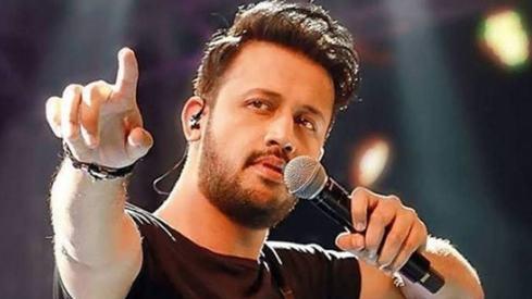 Atif Aslam is starring in drama Sang-e-Mah, reveals Naumaan Ijaz