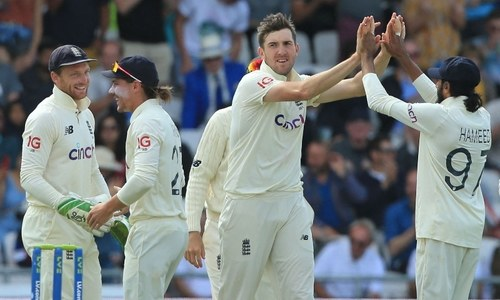 India collapse again as England seal crushing win in third Test