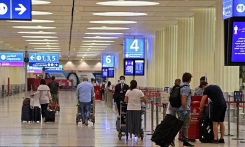 متحدہ عرب امارات کا مکمل ویکیسنیٹڈ سیاحوں کو ویزے جاری کرنے کا اعلان