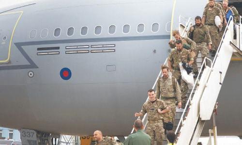 UK govt blasted over Afghan exit as hundreds left behind