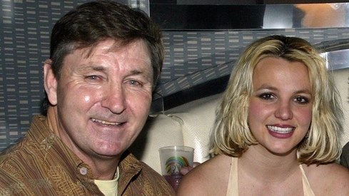 Britney Spears' lawyer wants father out immediately as conservator