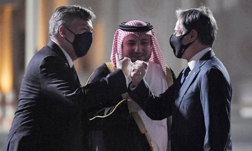 Blinken, Austin meet in Qatar on Afghan evacuations