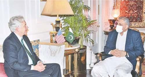 CIA director meets Bajwa, ISI chief at GHQ