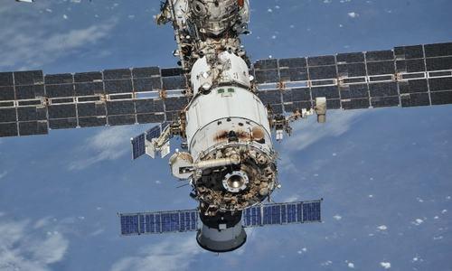 Astronauts smell smoke on International Space Station
