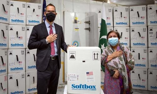 Sindh gets over 0.3m doses of Pfizer vaccine donated by US