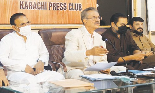 PPP is bent on turning Karachi into Moenjodaro, claims former Karachi mayor