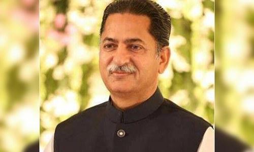 Shehbaz's 'protest' makes Nawaz serve notice on PML-N leader Javed Latif