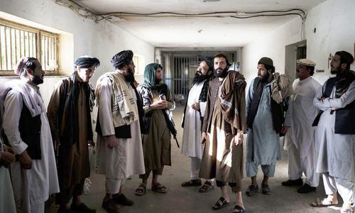 طالبان کے افغانستان پر قبضے کے بعد زندگی معمول کی طرف لوٹنے لگی